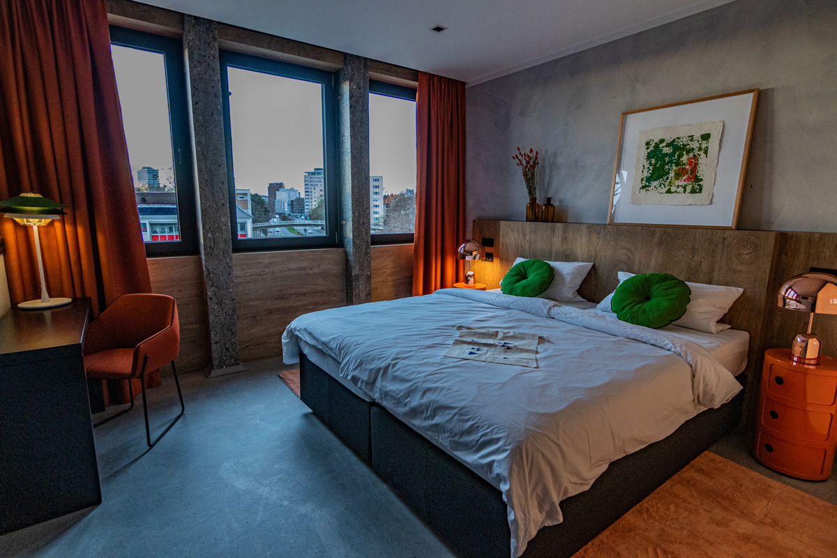 Medium Extra Room at Koncept Hotel International in Cologne, Germany